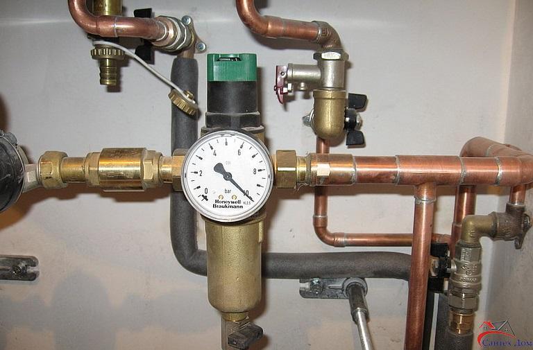 Установить редуктор давления воды Днепр